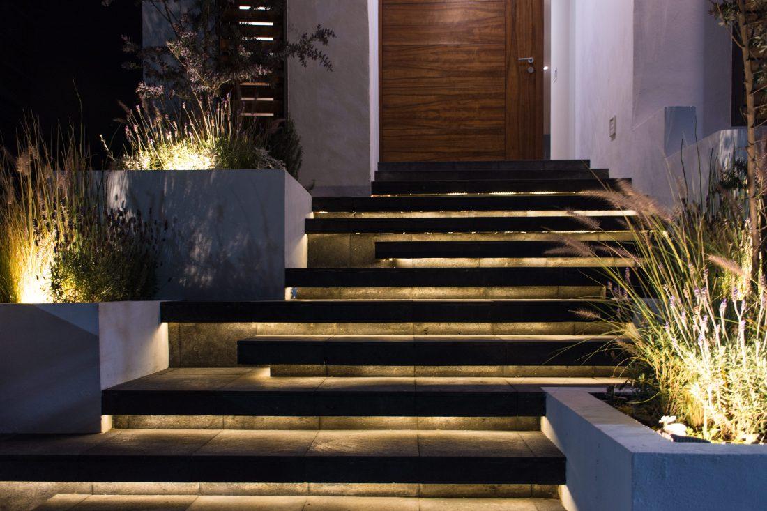 Exterior Escalera Noche