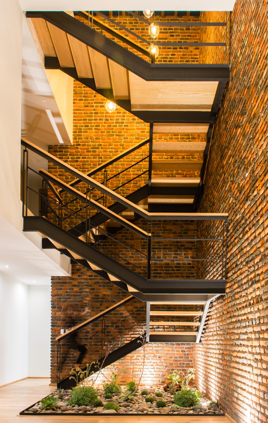 Interior Escalera-01
