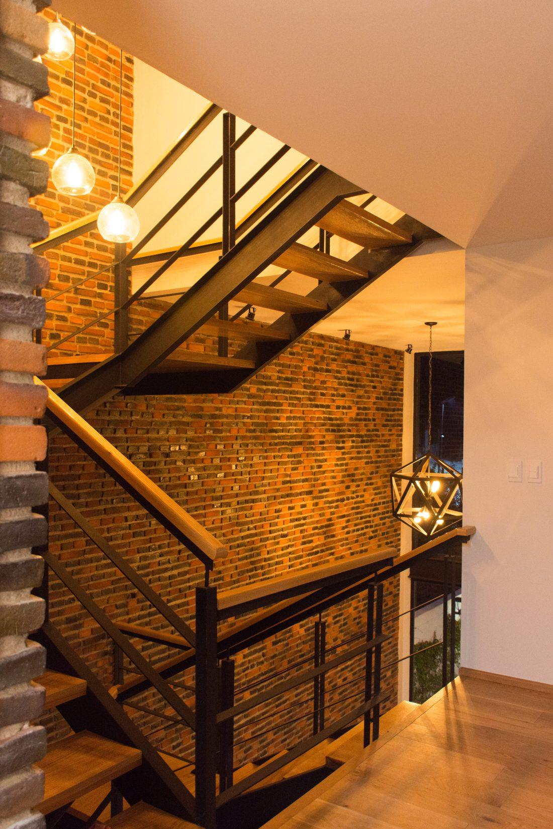 Interior Escalera-03
